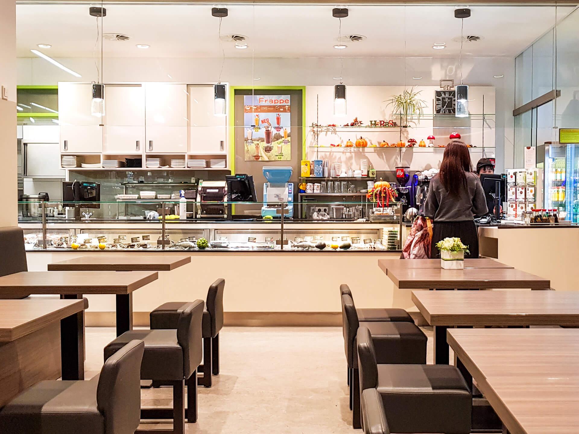 Wayo Delikatessen Sushi Bistro